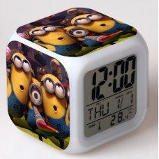 Часы-будильник хамелеон Миньоны Minions (вариант 1)