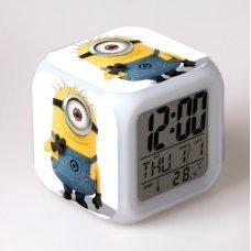 Часы-будильник хамелеон Миньоны Minions (вариант3)